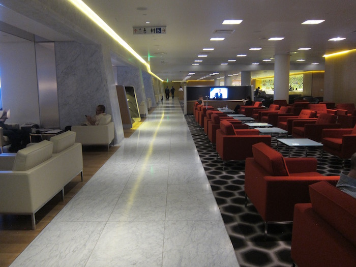Qantas-Lounge-LAX - 9