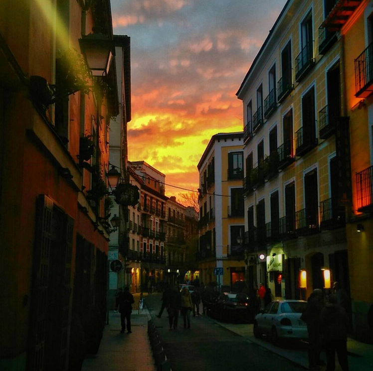 Madrid-side-street