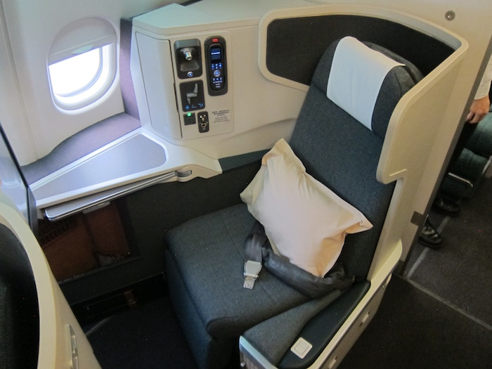 Review Cathay Pacific Business Class A330 Hong Kong To