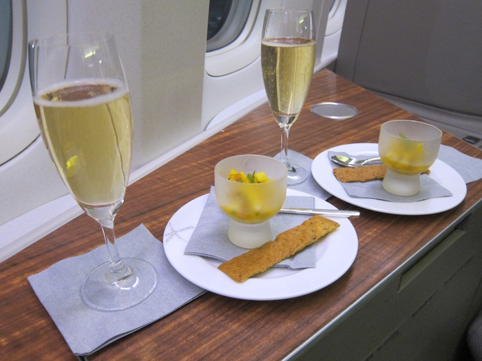Cathay-Pacific-First-Class-777 - 7