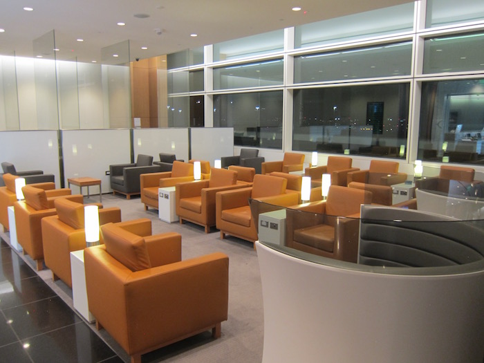 Cathay-Pacific-Lounge-San-Francisco - 11