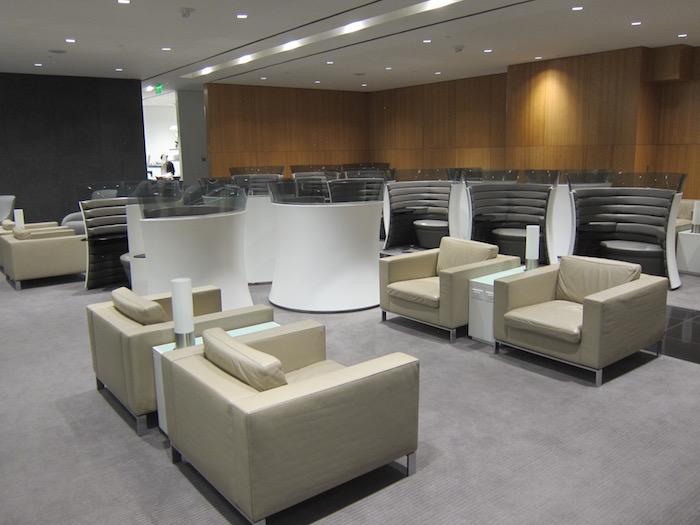 Cathay-Pacific-Lounge-San-Francisco - 43