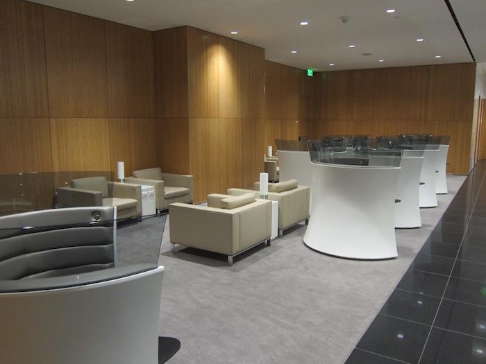 Cathay-Pacific-Lounge-San-Francisco - 44
