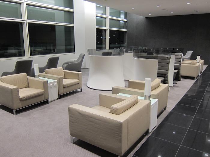 Cathay-Pacific-Lounge-San-Francisco - 47