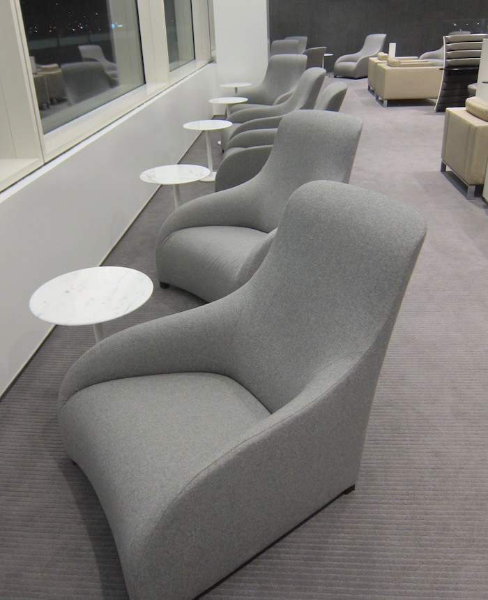 Cathay-Pacific-Lounge-San-Francisco - 49