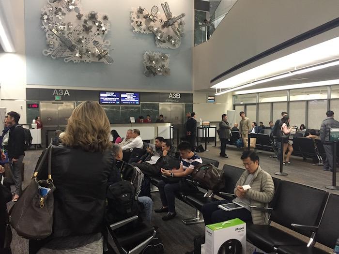 Cathay-Pacific-Lounge-San-Francisco - 56