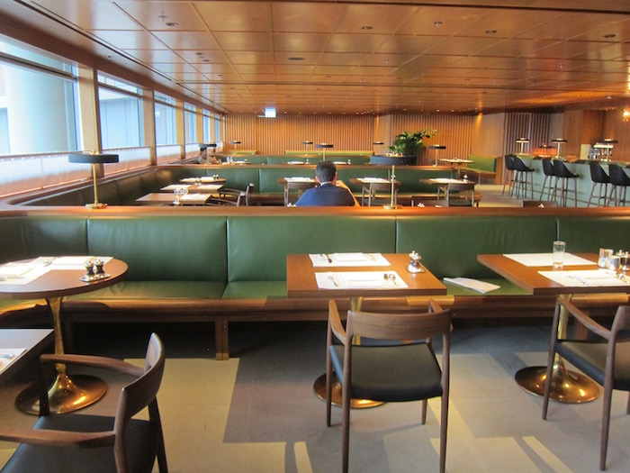 Cathay-Pacific-The-Pier-Lounge - 28