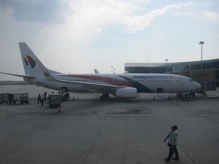 Malaysia-Business-Class-737 - 17