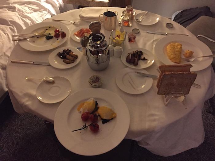 Room-Service-Breakfast