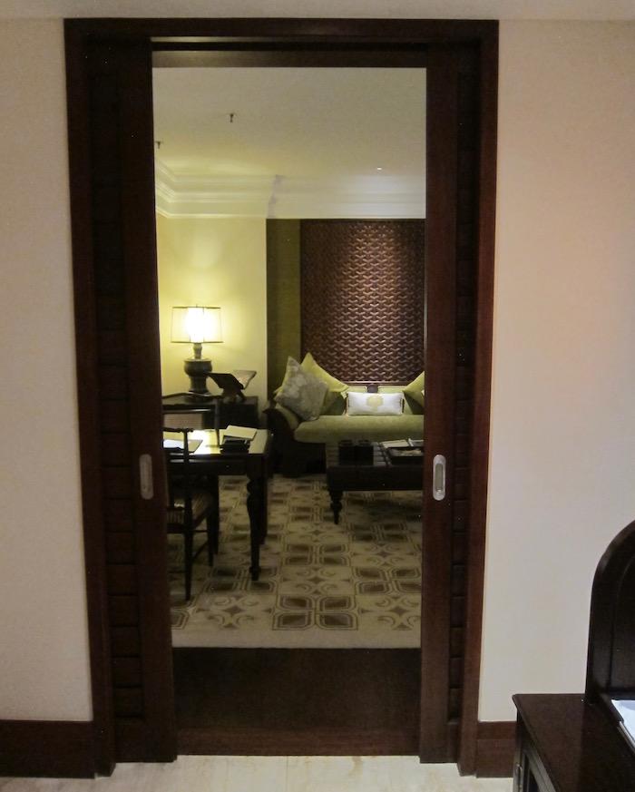 St-Regis-Bali-Pool-Suite - 11