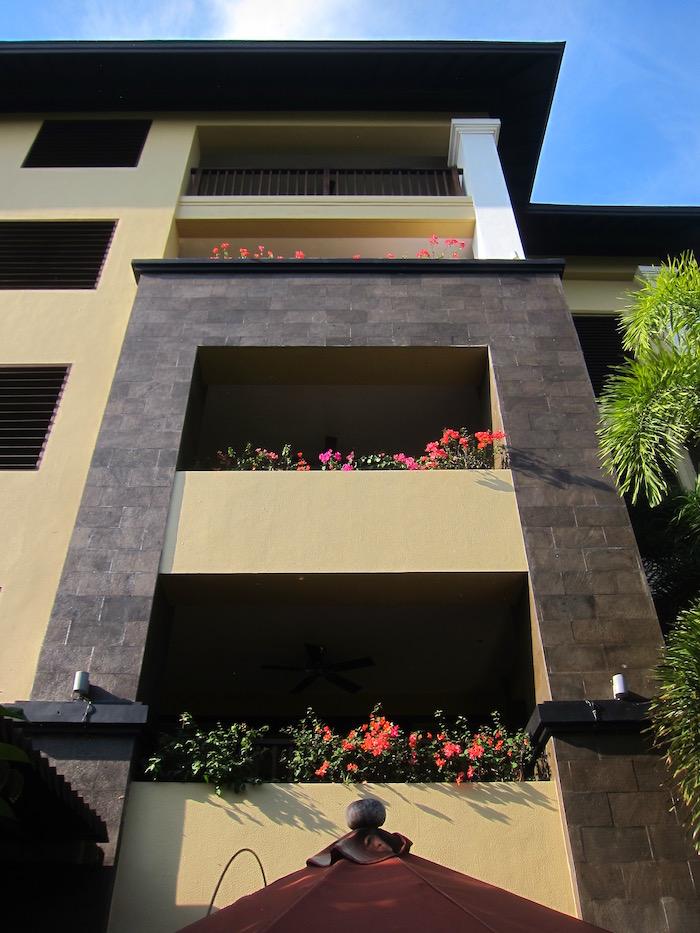 St-Regis-Bali-Pool-Suite - 36
