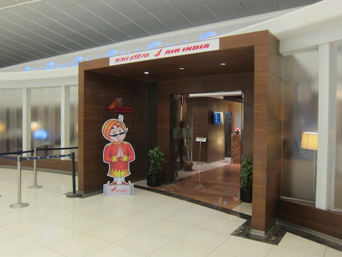 Review Air India Lounge Delhi Airport One Mile At A Time
