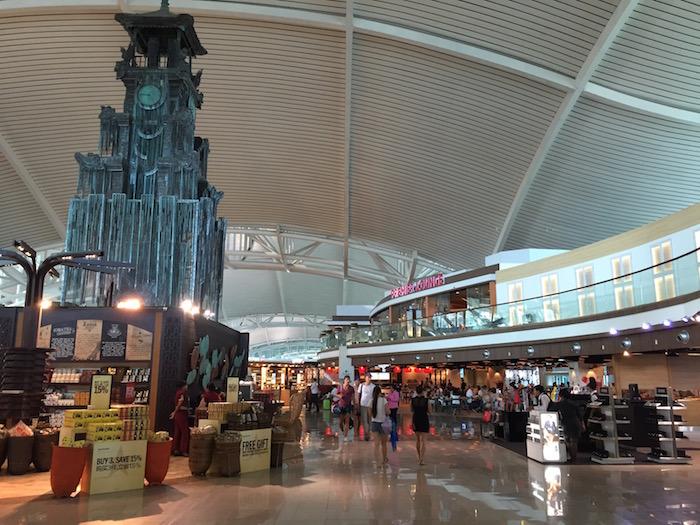 Bali-Airport-Lounge - 15
