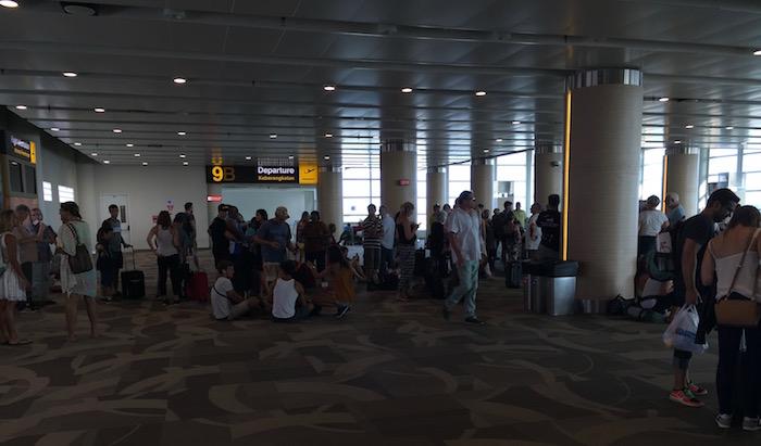 Bali-Airport-Lounge - 52