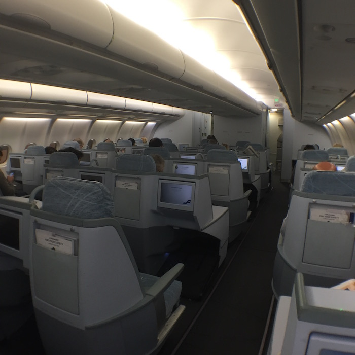 Finnair-Business-Class-A340 - 16