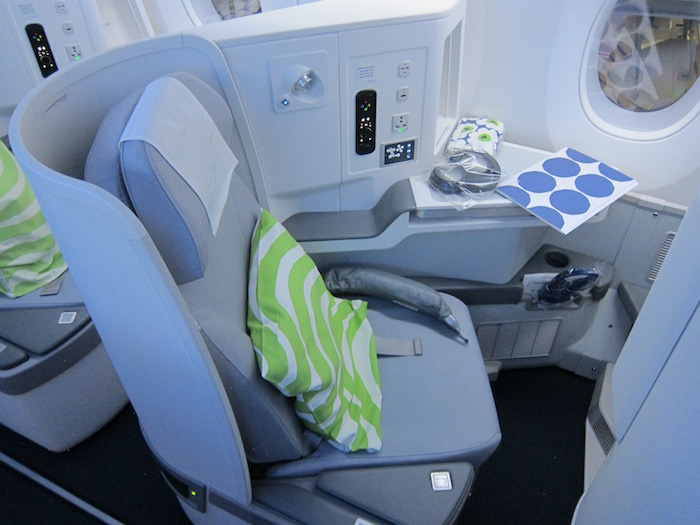 Finnair-Business-Class-A350 - 5