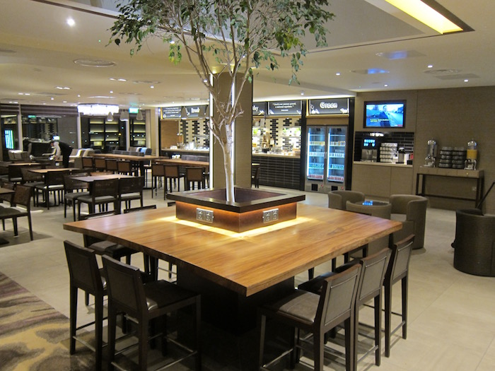 Plaza-Premium-Lounge-London-Heathrow - 9
