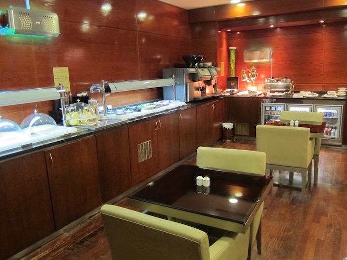 Dubai-Airport-Lounge - 15
