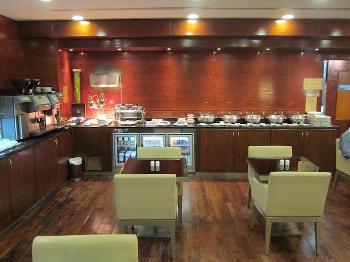 Dubai-Airport-Lounge - 16