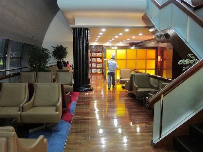Dubai-Airport-Lounge - 37