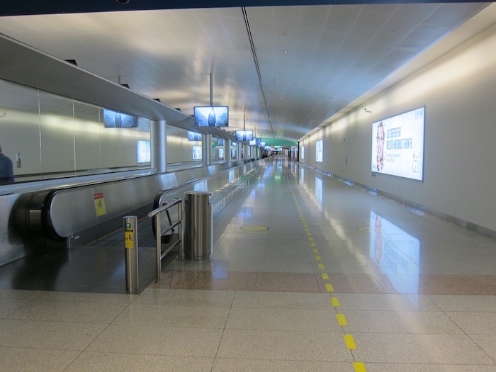 Dubai-Airport-Lounge - 5