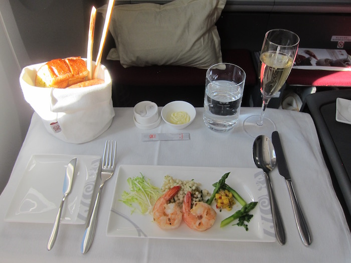 Hainan-Airlines-Business-Class-787 - 64