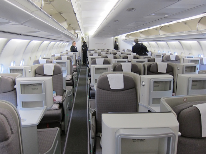 My Iberia A340 Business Class Flight In 10 Pictures | One Mile at a Time