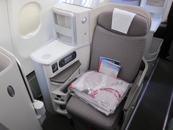 Iberia-Business-Class-A340 - 16