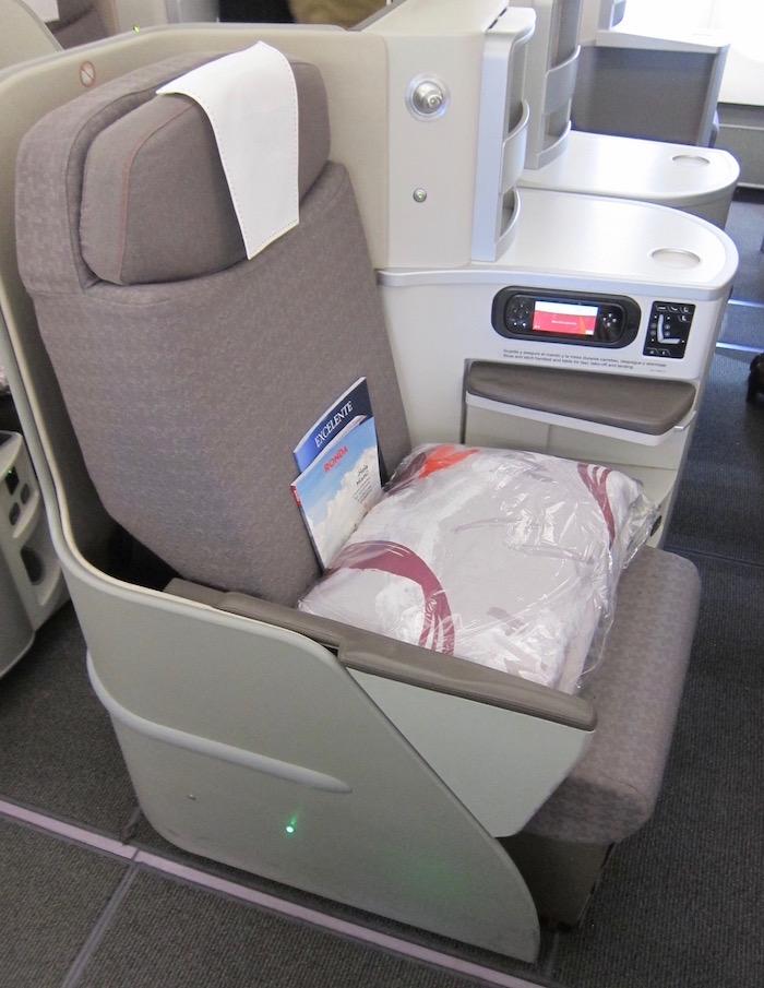 Iberia-Business-Class-A340 - 18
