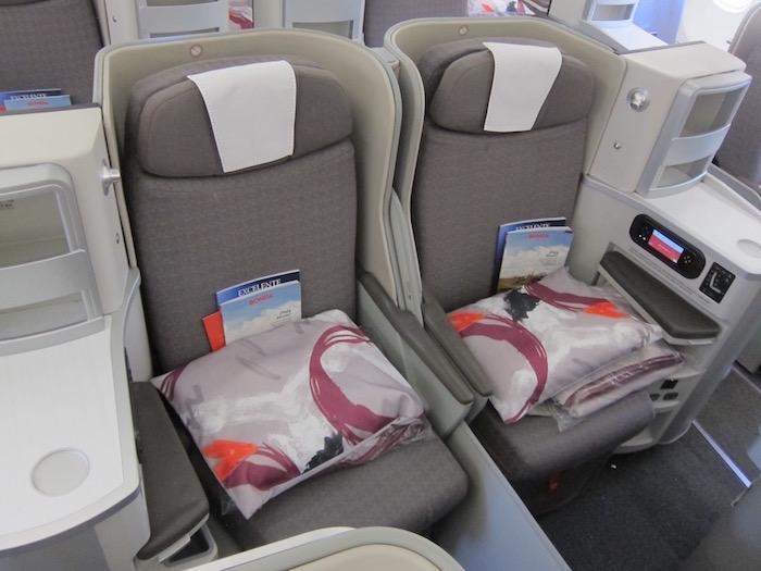 Iberia-Business-Class-A340 - 19