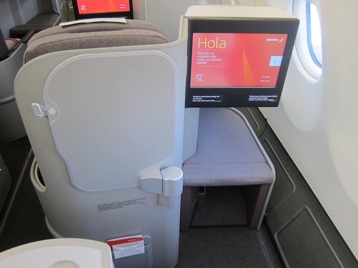 Iberia-Business-Class-A340 - 9