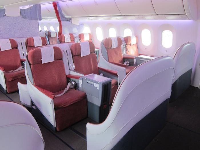 LAN-Business-Class-787 - 14