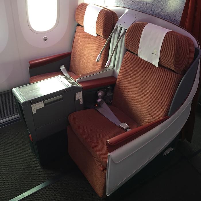 LAN-Business-Class-787 - 17