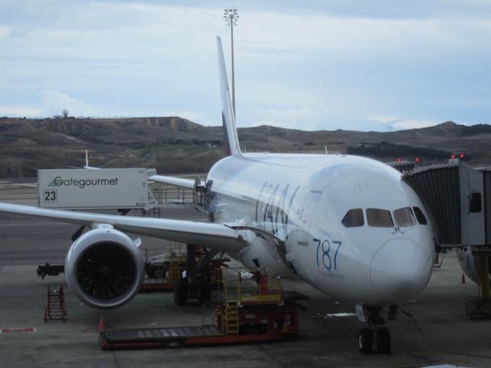LAN-Business-Class-787 - 7
