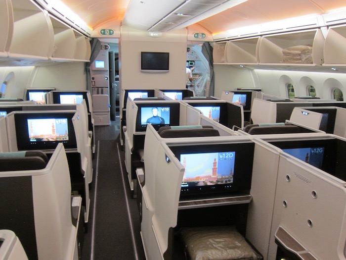 Oman-Air-787-Business-Class - 2