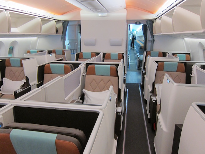 Oman-Air-787-Business-Class - 3