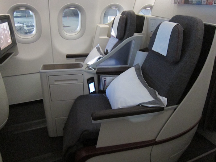 Qatar-Airways-A320-First-Class - 3