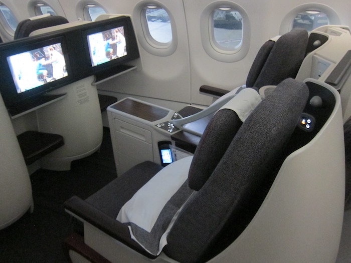 Qatar-Airways-A320-First-Class - 4