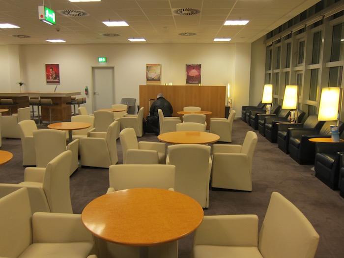 Air-France-Lounge-Frankfurt-Airport - 12