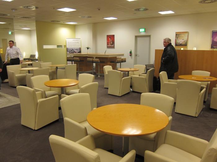 Air-France-Lounge-Frankfurt-Airport - 13