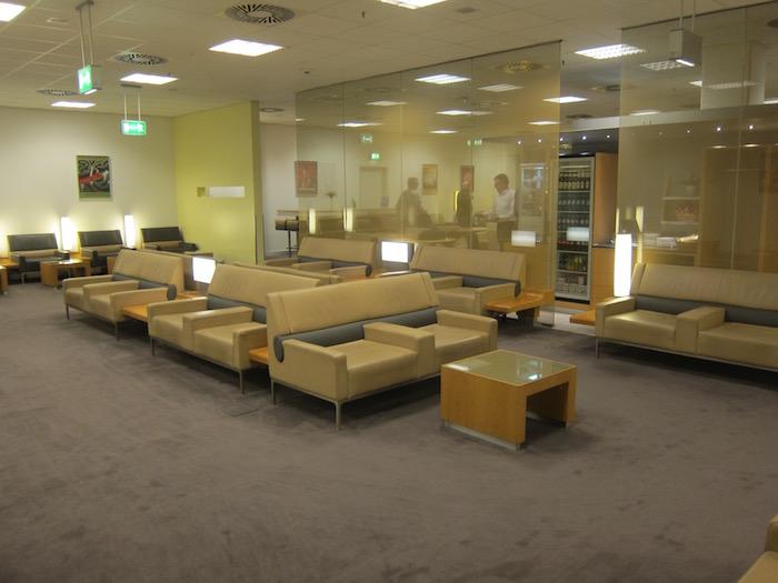 Air-France-Lounge-Frankfurt-Airport - 15