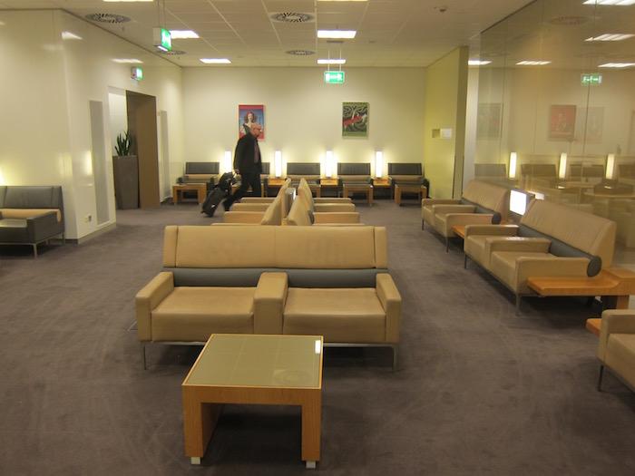 Air-France-Lounge-Frankfurt-Airport - 17