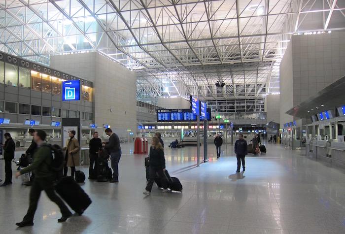 Air-France-Lounge-Frankfurt-Airport - 5