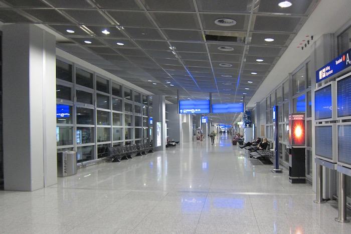 Air-France-Lounge-Frankfurt-Airport - 6