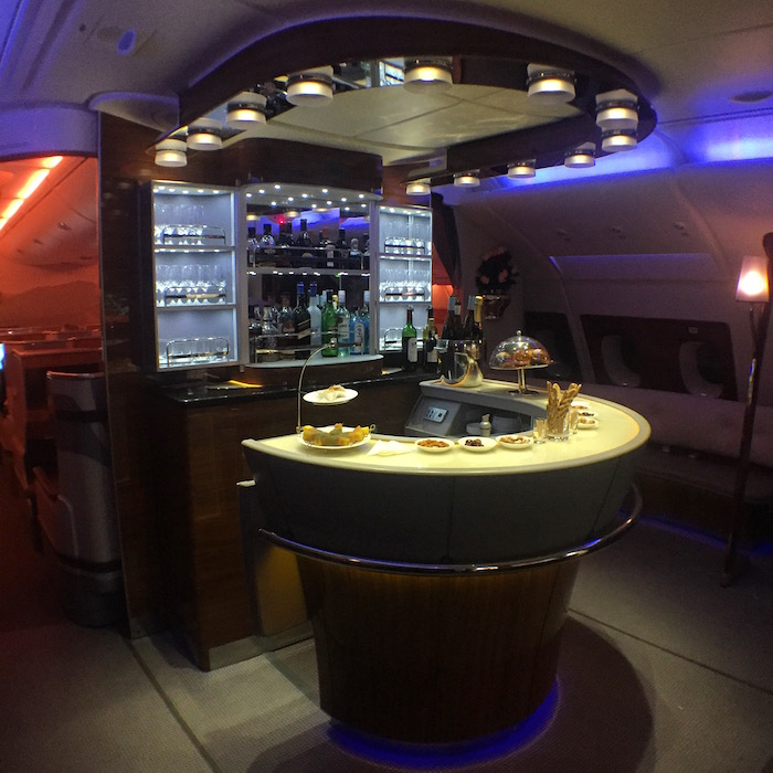 Emirates-Bar