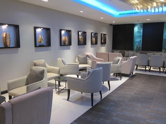 Oman-Air-Lounge-Bangkok - 15