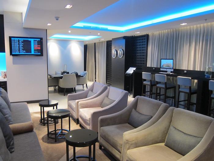 Oman-Air-Lounge-Bangkok - 17