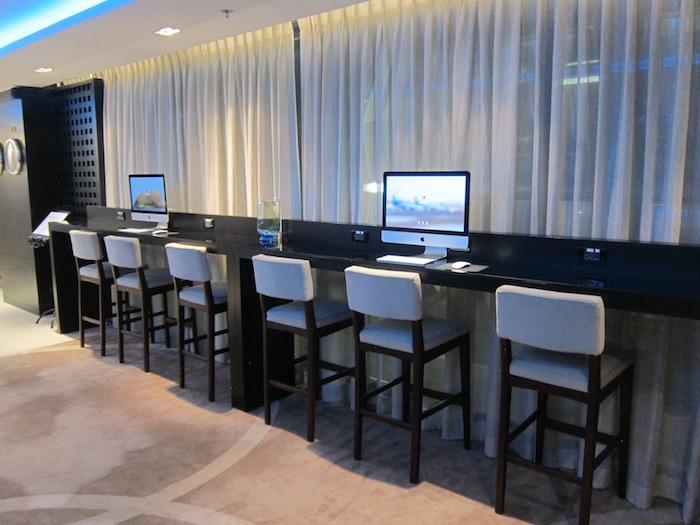 Oman-Air-Lounge-Bangkok - 18