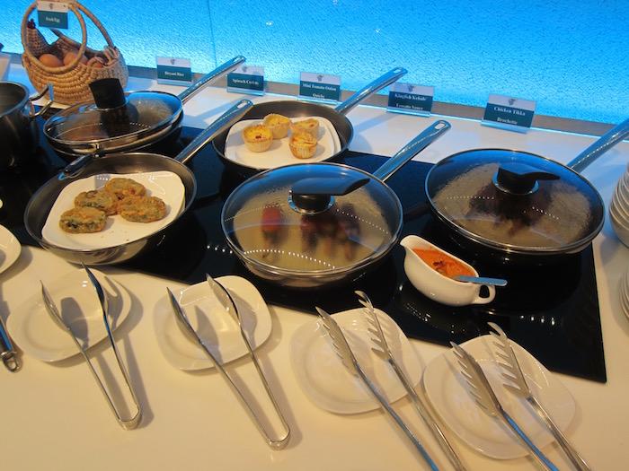 Oman-Air-Lounge-Bangkok - 27
