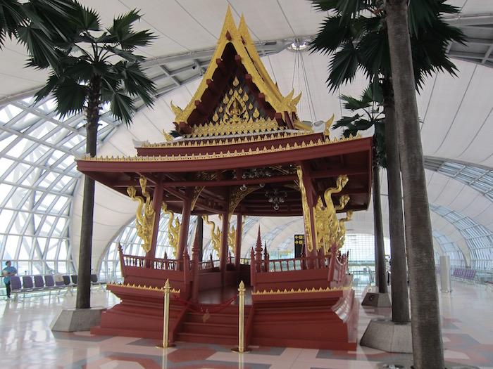 Oman-Air-Lounge-Bangkok - 36